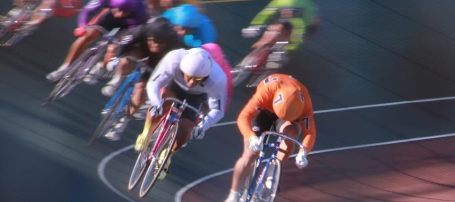 競輪用自転車は時速70キロ!自身がメカニックになる競輪選手の自転車の全貌!