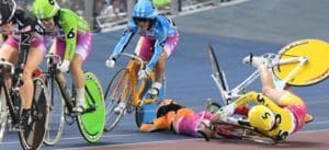 競輪の落車事故は命を落とす可能性もあり非常に危険!落車事故の危険性を徹底紹介